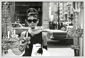 Kehystetty juliste Audrey Hepburn - window