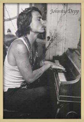 Juliste Johnny Depp - Piano